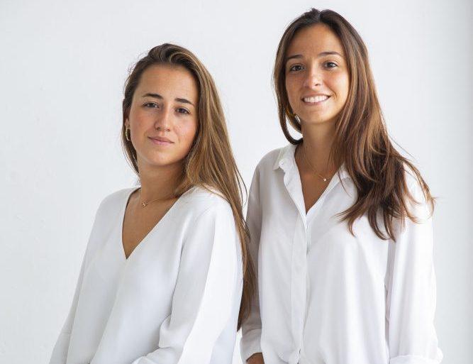 Olimpia and Carolina Roman